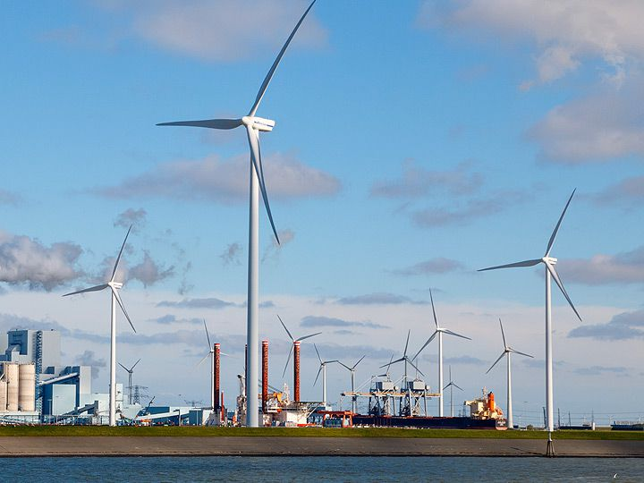 Marine Microgrid Energy Management System